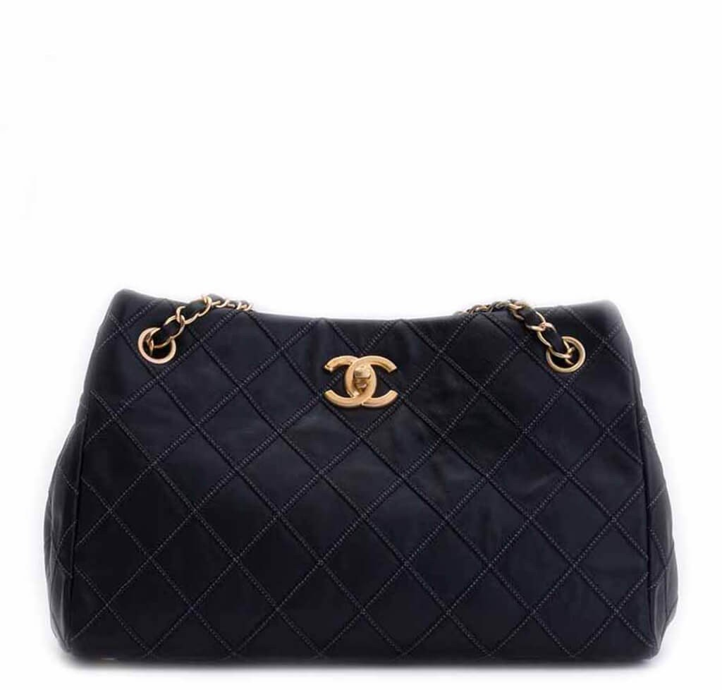 93a961a08e42d0 Chanel Sac Accordion Bag Black - Lambskin Leather | Baghunter